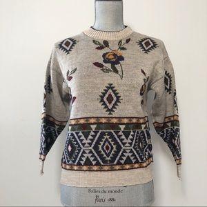 Vintage floral patterned sweater